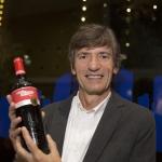 """""""Diseñamos una botella de vino como objeto turístico perdurable"""""""