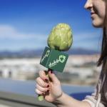 Un micro-alcachofa para homenajear a los locutores que hacen radio